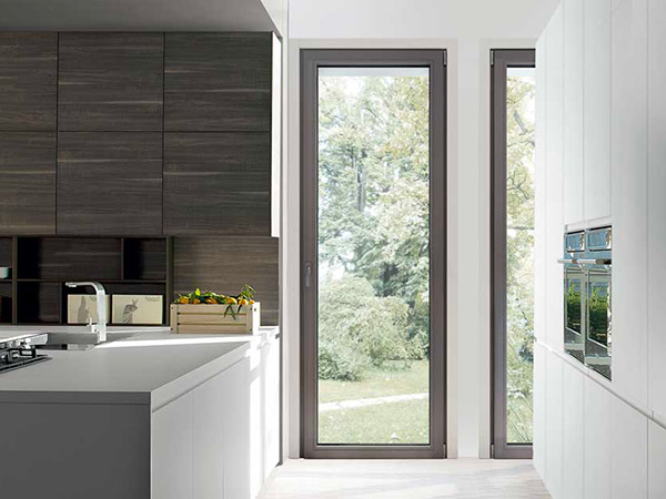 Installazione-finestre-taglio-termico-modena